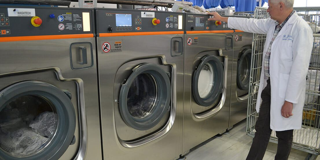 Advantages of Opening A Laundromat Business - Henson Laundry